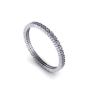 White gold four-leaf clover ring